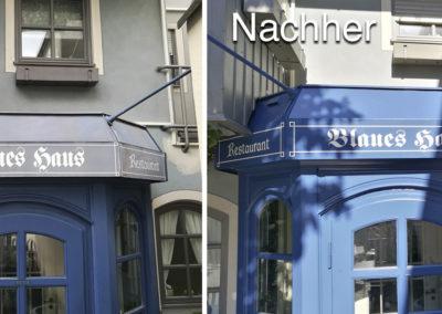 Blaues Haus Eingang