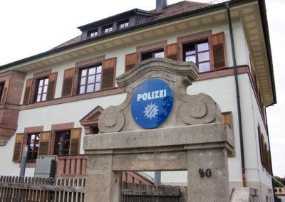 Polizei - Schild aus Sicherheitsglas